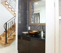 decoration-escalier-lavabo-peinture-tapisserie.jpg
